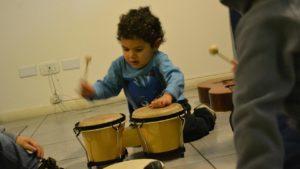 Talleres de música para niños con autismo.